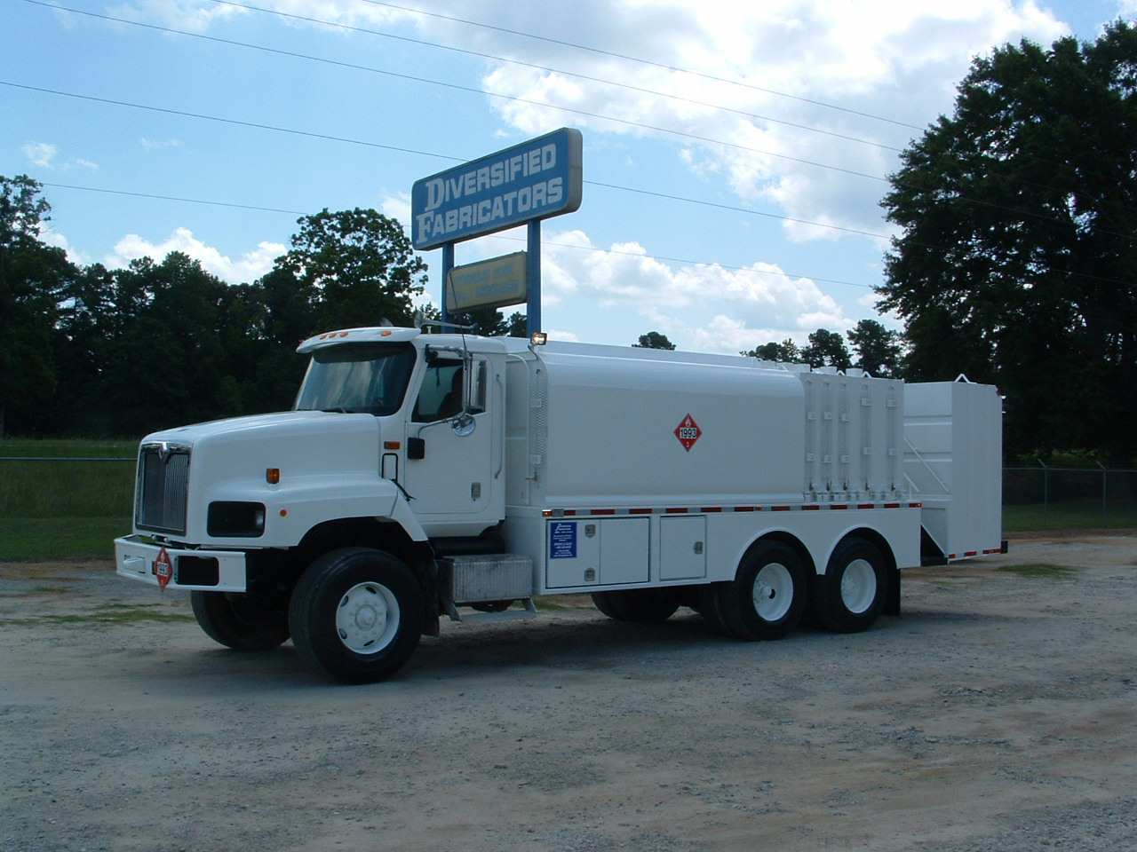 Mobile fuel and lube service water truck under