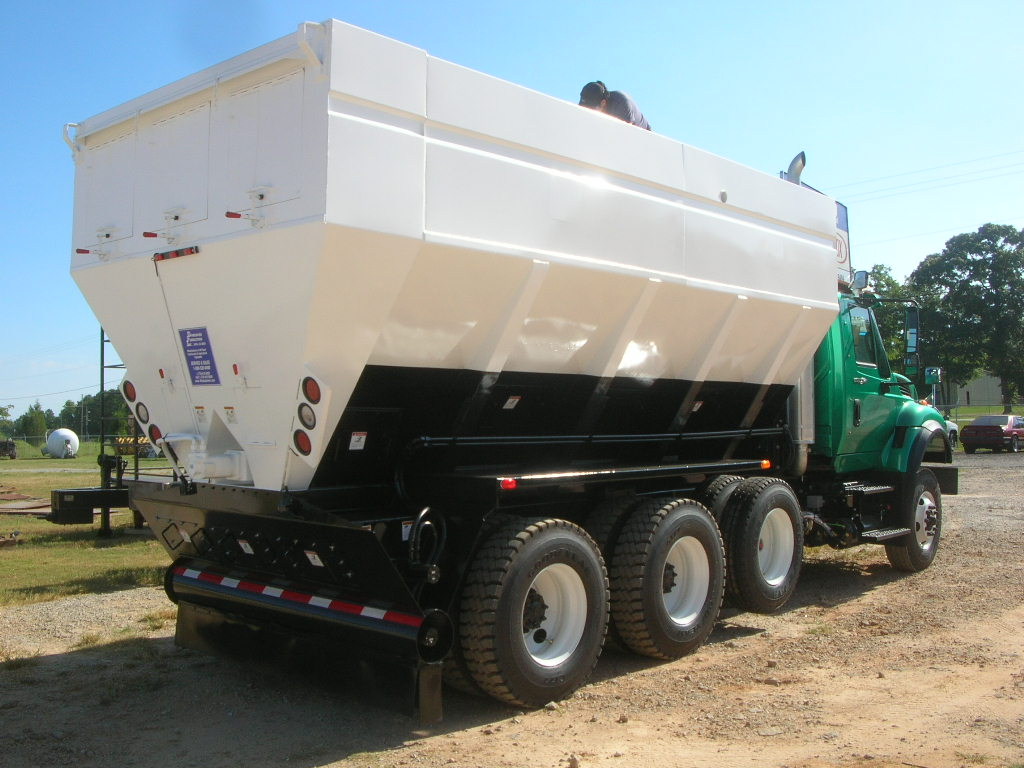 Portland Cement Spreader / Soil Stabilization Unit