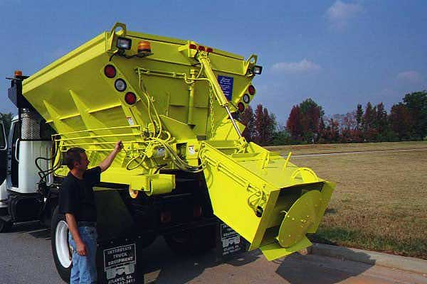 Sand / Salt spreader