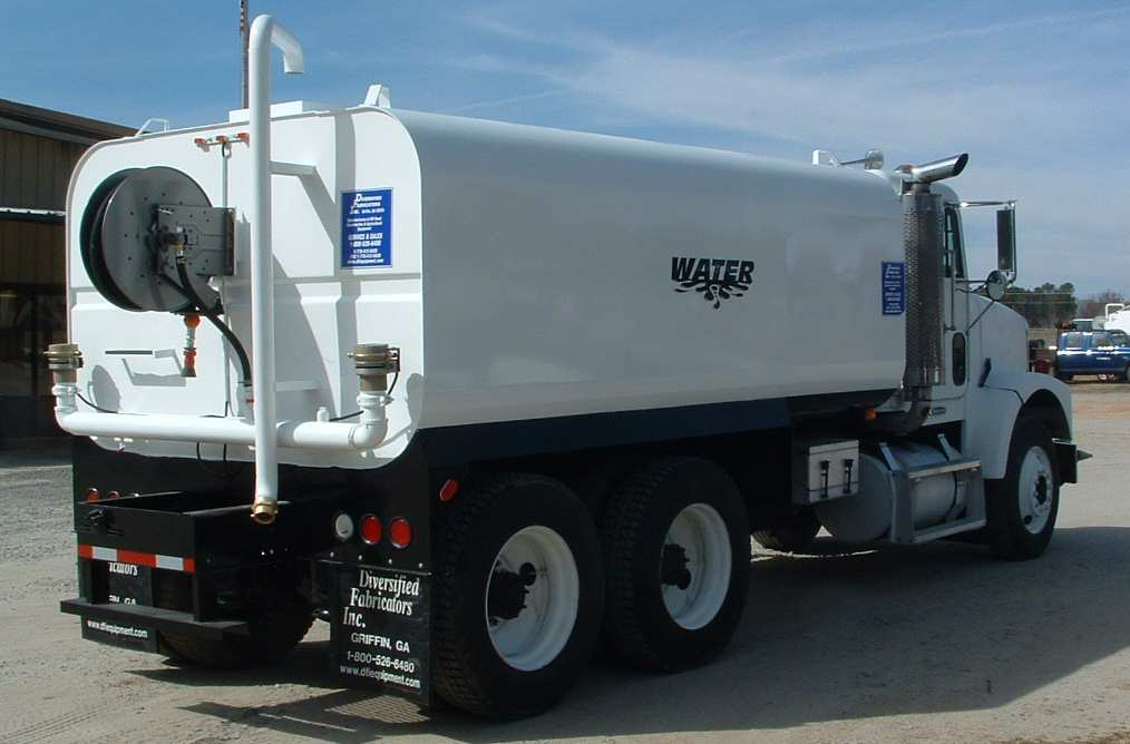 Fuel Service Truck Water Truck 4000 gallon with Hose Reel & Diversified Fabricators Inc More Construction Equipment Photographs